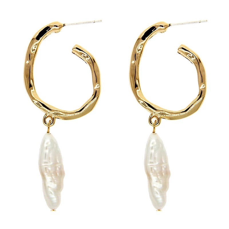 Mimi Freshwater Pearl Drop Earrings