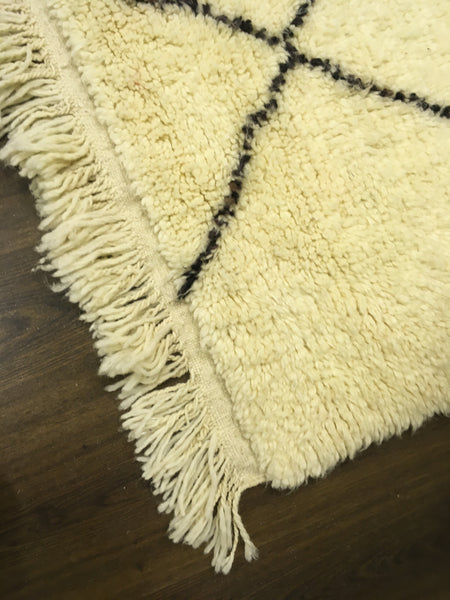 Authentic Moroccan Berber Rug - 100% Wool