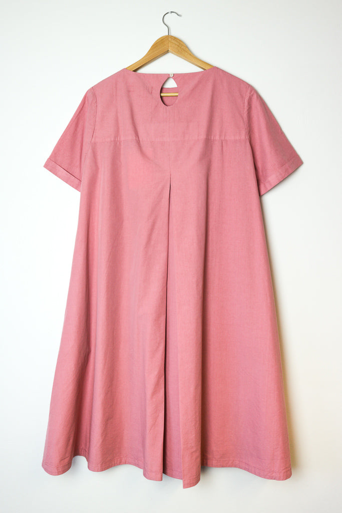 Cruz Big Pleat Dress in Pink