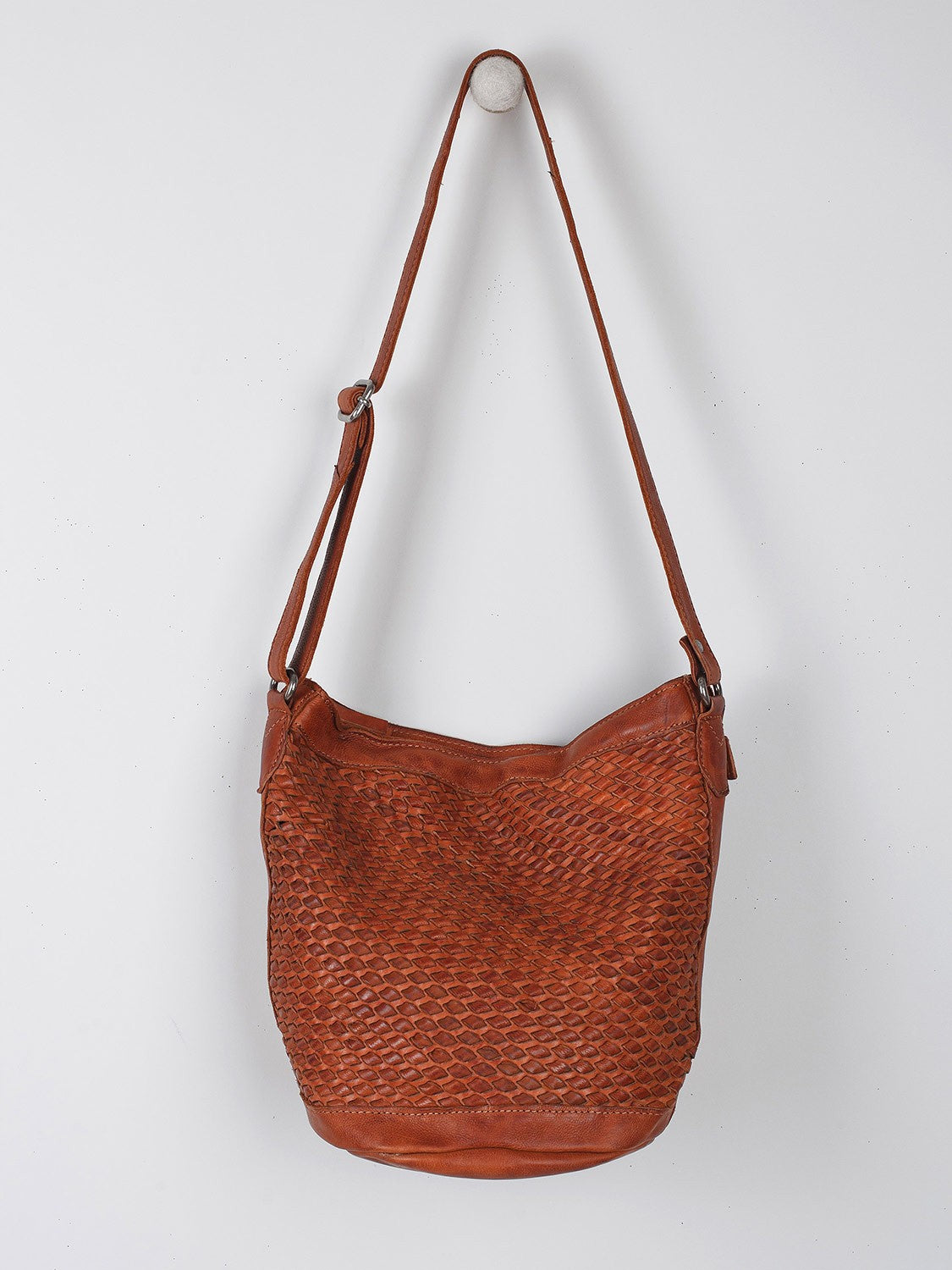 Braided Bag in Brown