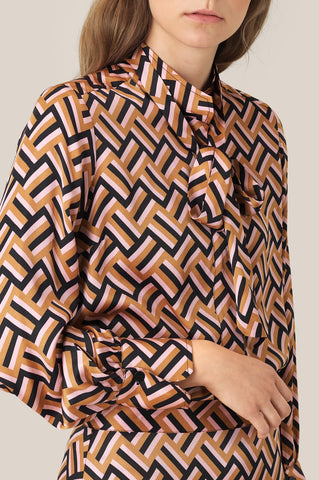 Lori Shirt in Geometric Print