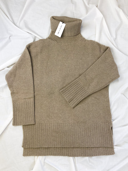 Pauline Jumper in Khaki