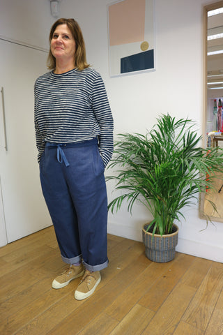 Tariff Trousers in Navy
