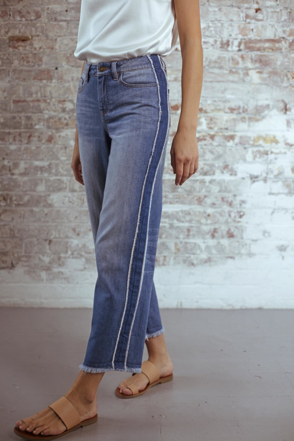 Virginia Side-Stripe Boyfriend Jeans in Indigo