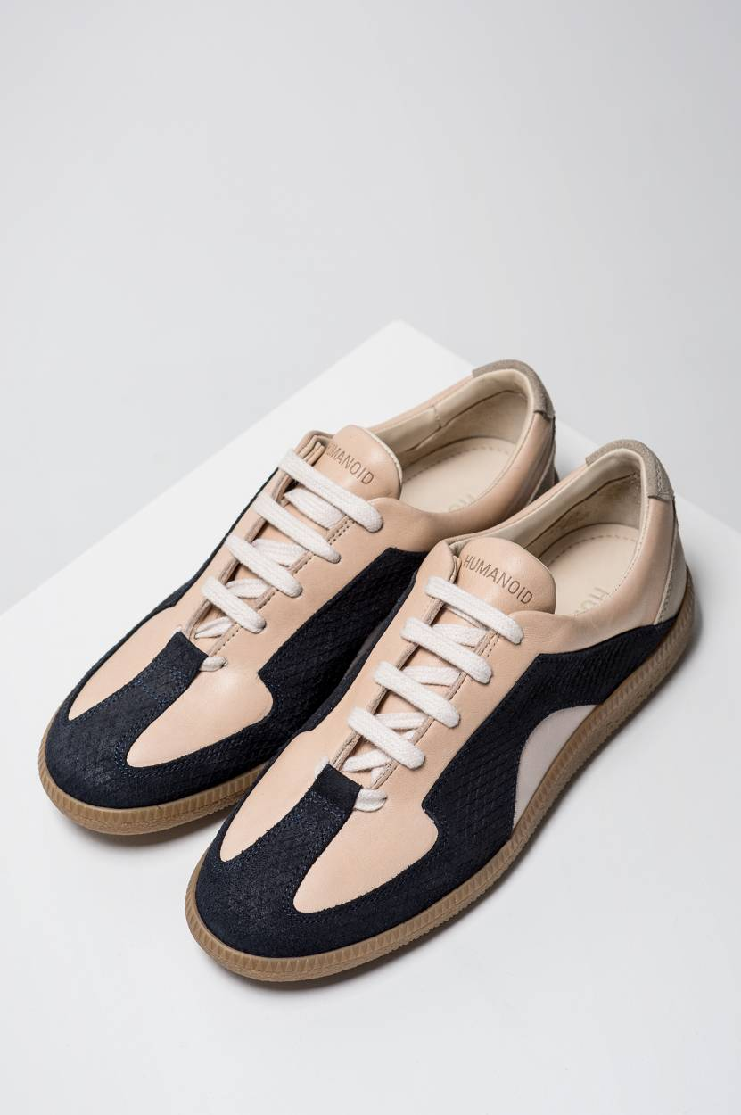 Silvia Sneakers in Blush