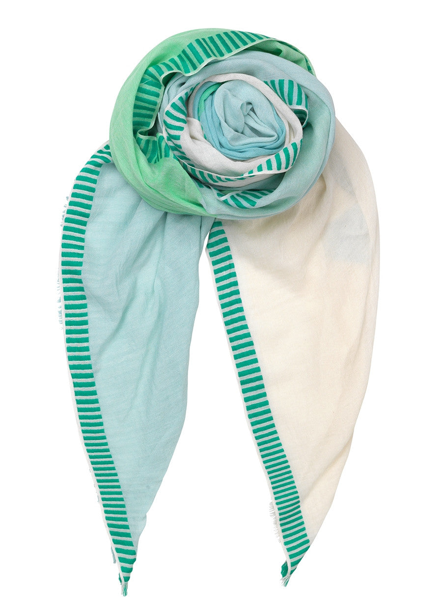 Vikke cotton scarf in Grass Green
