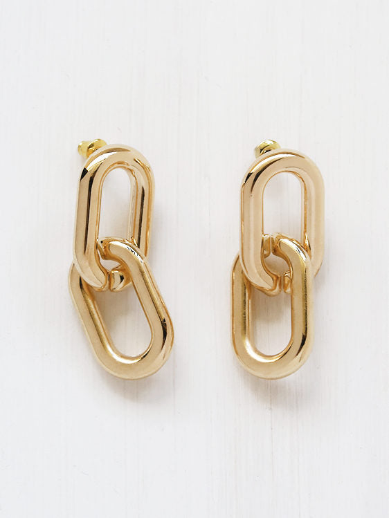 Greta Chain Earrings in Gold Plate