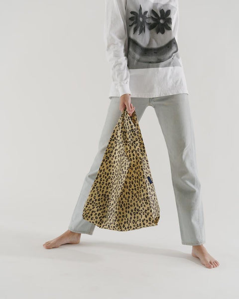 Standard Tote in Honey Leopard