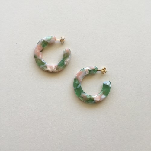 Kate Hoops in Green and Pink