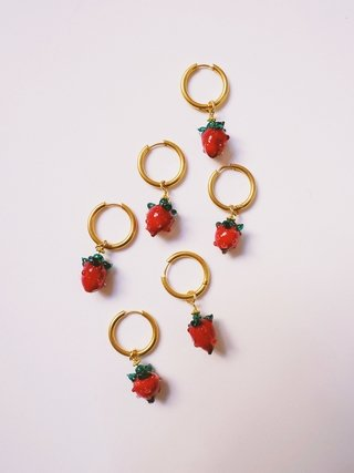 Strawberry Fruit Hoops