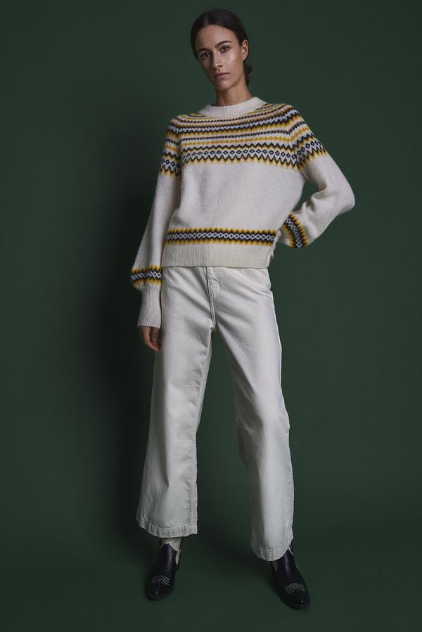 Svan Knit Jumper in White