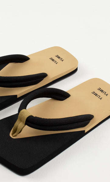 Xigy Flip Flop in Beige and Black