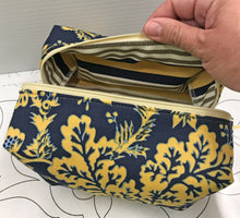 Boxy Pouch - Navy Floral