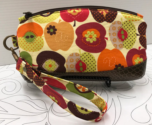 Clematis Wristlet - Funky Apple