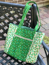 Pelican Tote - Green Floral