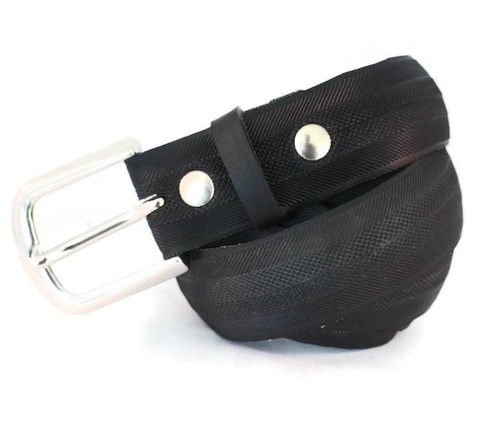 bicycle tyre belt vegan vegetarian belt by laura zabo