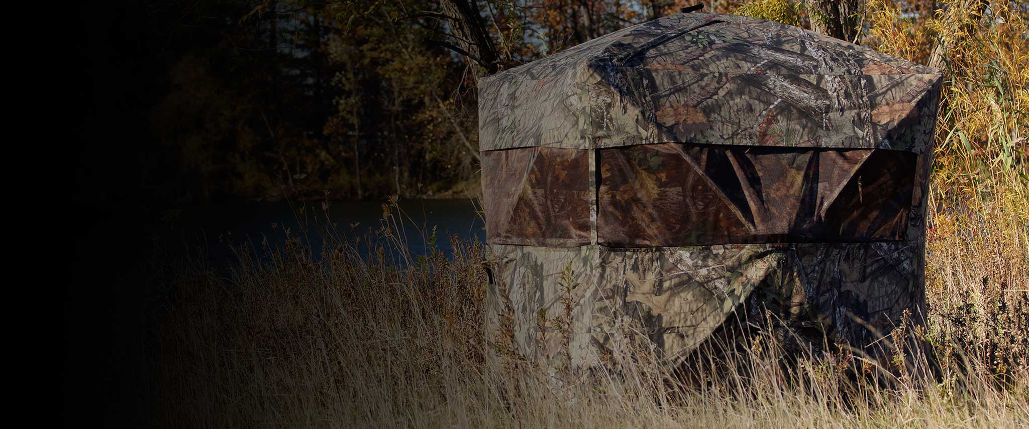 Rhino Blind in Mossy Oak Break Up Country