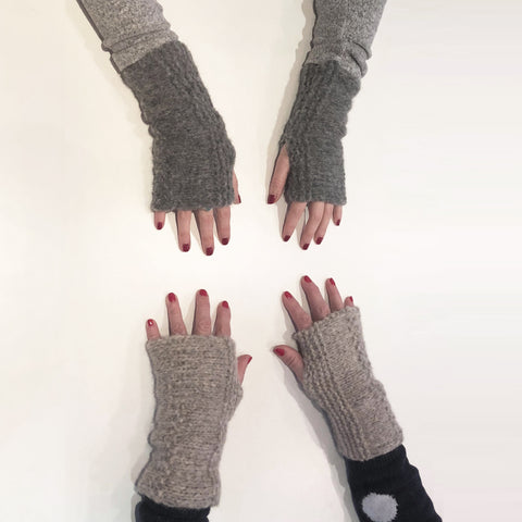 Fingerless gloxes made at The Knitter's Yarn 'Learn to Knit' workshop