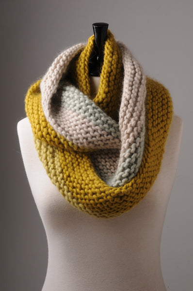 Mrs Moon Garter Stitch Cowl PDF - The Knitter's Yarn