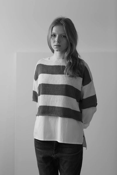 Erika Knight 'Capri' short sleeved, cropped sweater in Studio Linen PDF pattern - The Knitter's Yarn