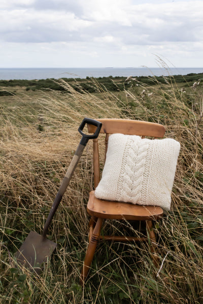 Fulmar Cable Cushion Kit - The Knitter's Yarn