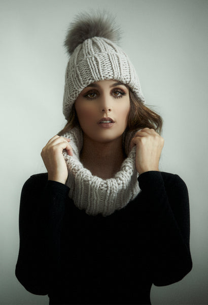 Fashionable, easy knitting pattern for hat and cowl in Big Wool by Rowan.