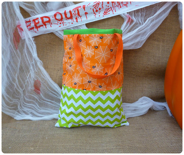 Personalised Halloween Spider Bag, Back View, Orange and Green
