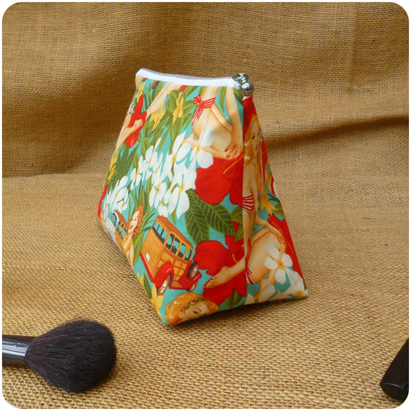 Pin Up Girl Cosmetic Bag, Side View
