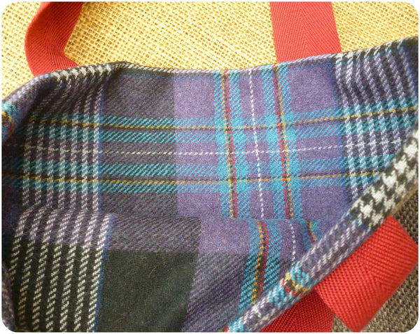 Scottie Dog Bag, Tartan Tote Bag, Dog Hand Bag, Purple Tartan Lining Close Up