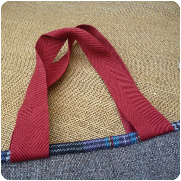 Scottie Dog Bag, Tartan Tote Bag, Dog Hand Bag, Handles Close up