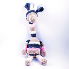 Every one is unique - rare giraffe bear