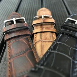 Mississippi Alligator Grain Leather - 22mm