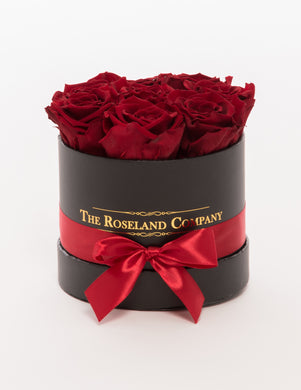 The Roseland Mini Black Round Box - Red Eternity Roses