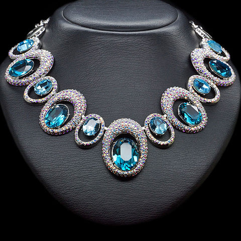 "Necklace ""Safi's Charm"" with crystals from Swarovski™"