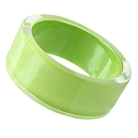 VL041 N/A Resin Bangle with Synthetic in Peridot