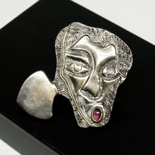 Load image into Gallery viewer, Rare Rafael Alfandary Portrait Brooch - Sterling Silver - Garnet