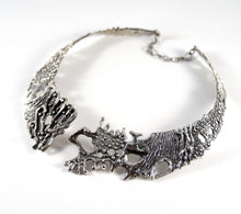 Load image into Gallery viewer, Rare Guy Vidal Bib Necklace - Organic