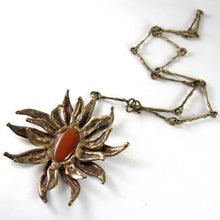 Bold Pal Kepenyes Necklace - Brutalist Flower