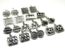 Load image into Gallery viewer, Guy Vidal Cufflinks - Spikes & Dashes