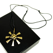 Load image into Gallery viewer, Vintage Jack Boyd Necklace - Starburst