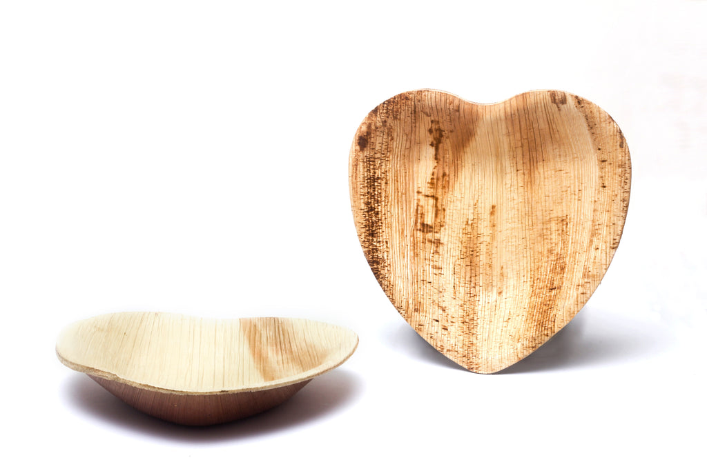 "4"" Heart-shaped Palm Leaf Plates in Bulk Pack - 200 plates"