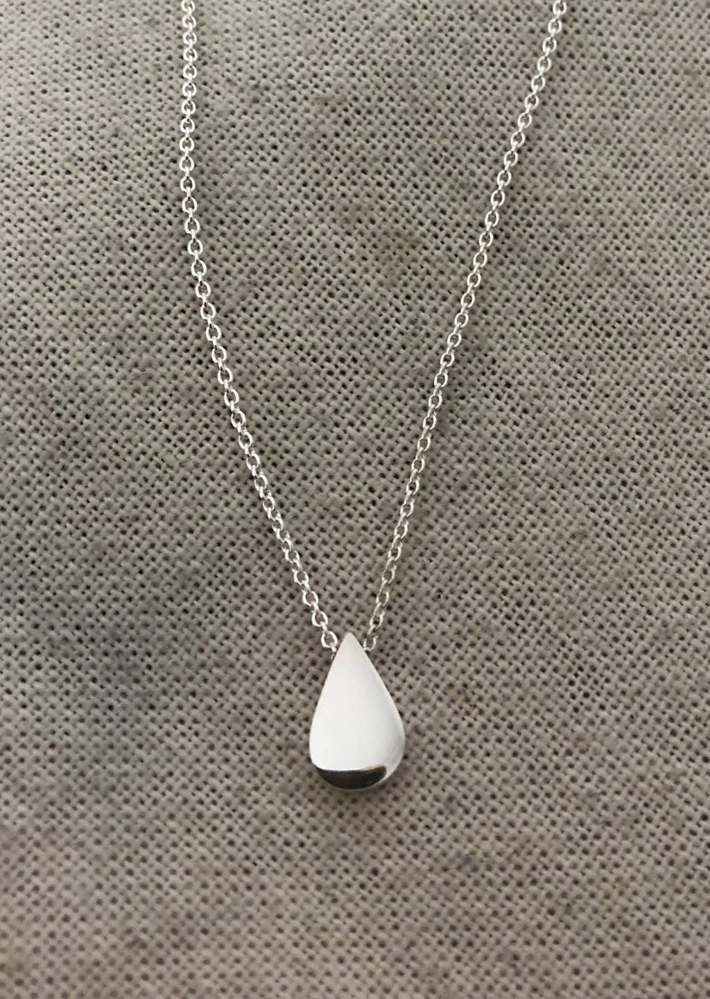 TEAR DROP POWER PENDANT