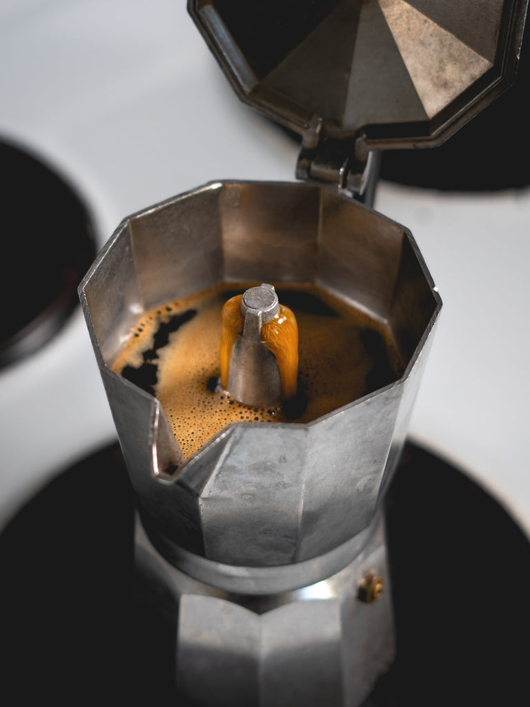 How to make coffee in a moka pot