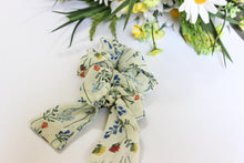 Flower Garden scrunchie