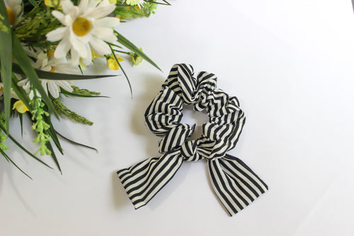 Stripes hair scrunchie