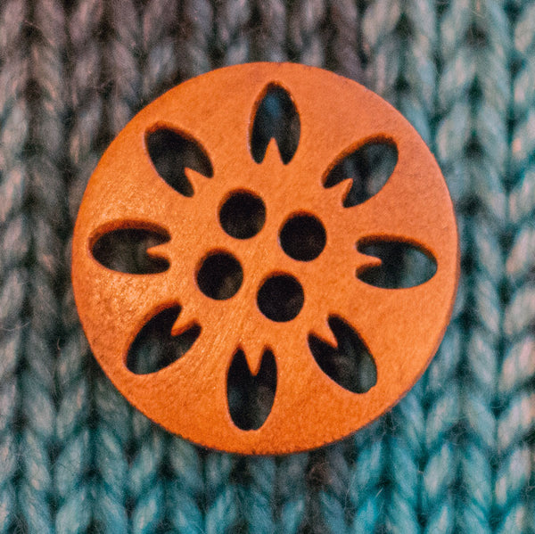 "Lacy wood buttons - 1"" diameter (8 pack)"
