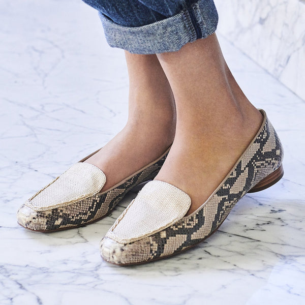 Edyth Flat with Snake and Raffia
