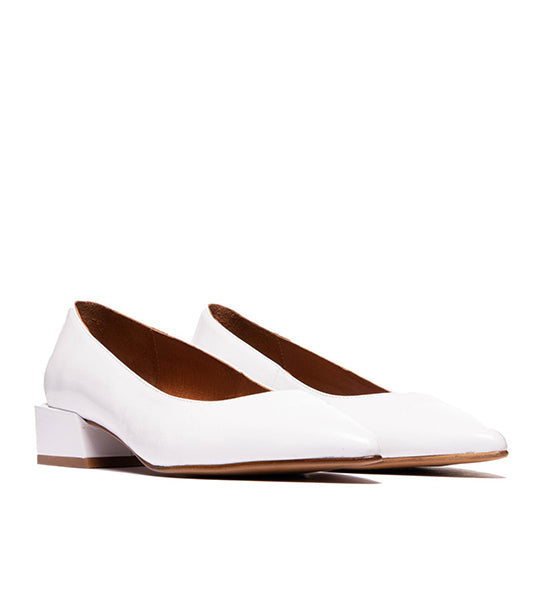 Navia White Leather