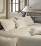 Amona Bedding Set in Pella Cotton