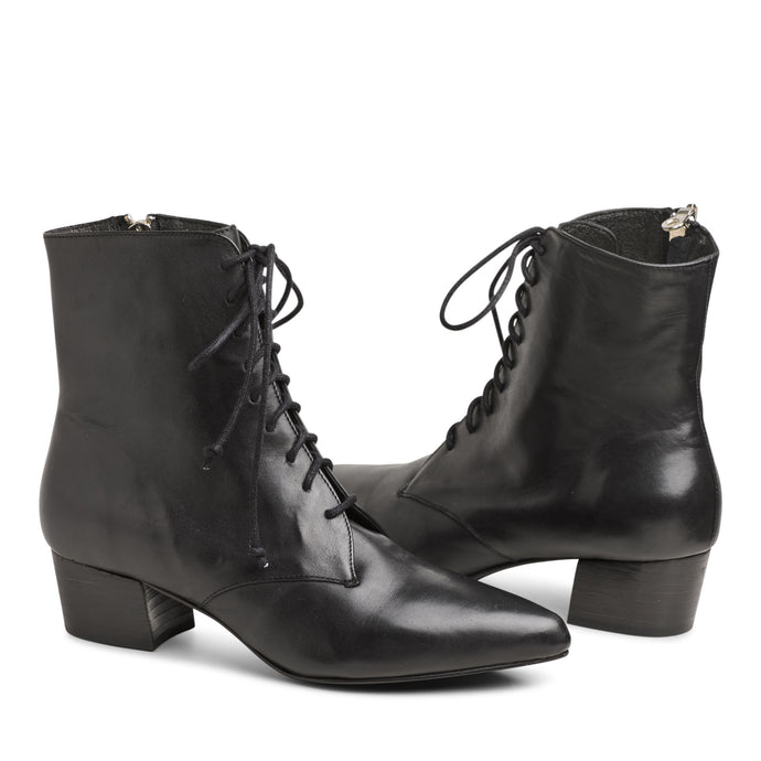 The Barrow Boot - Black